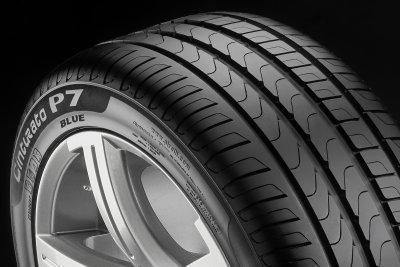 Pirelli 245/45R17 99Y XL P7Blue